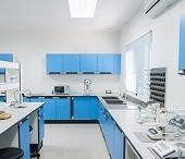 Laboreinrichtungen